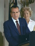 pat-nixon-lsitened-silently-behind-the-president-as-he-gave-his-farewell-speech-to-the-staff-the-day-of-his-resignation-not-told-ahead-of-time-she-was-upset-to-learn-it-was-being-telev