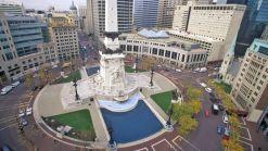 Indianapolis-Monument-Circle-cJoseph-Sohm-shutterstock_258344060